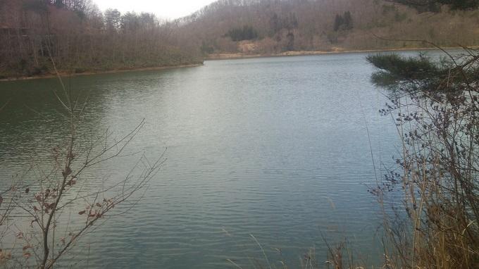 3月25日の前川ダム。とてもさむ