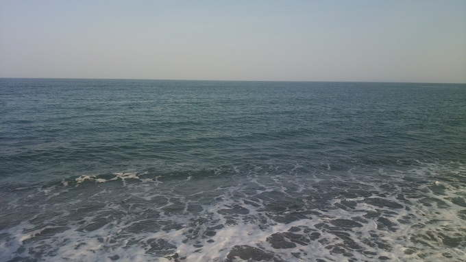 2016年4月9日の海。風が強くて釣りにならない