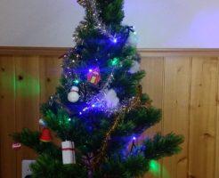30年前のクリスマスツリー。なんだか歪んでいる